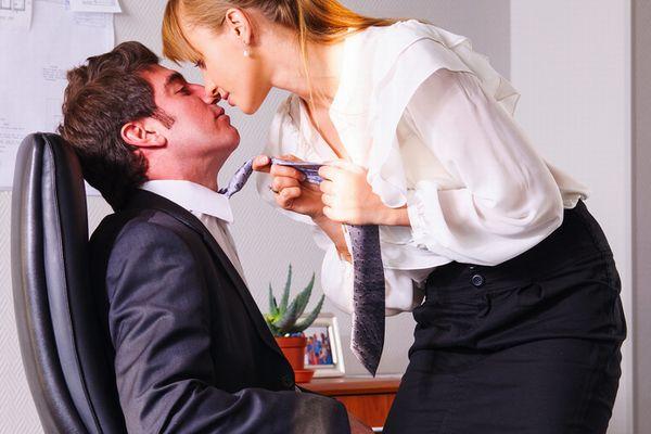 社内恋愛で別れた後の元カノの態度のせいで退職したい俺氏